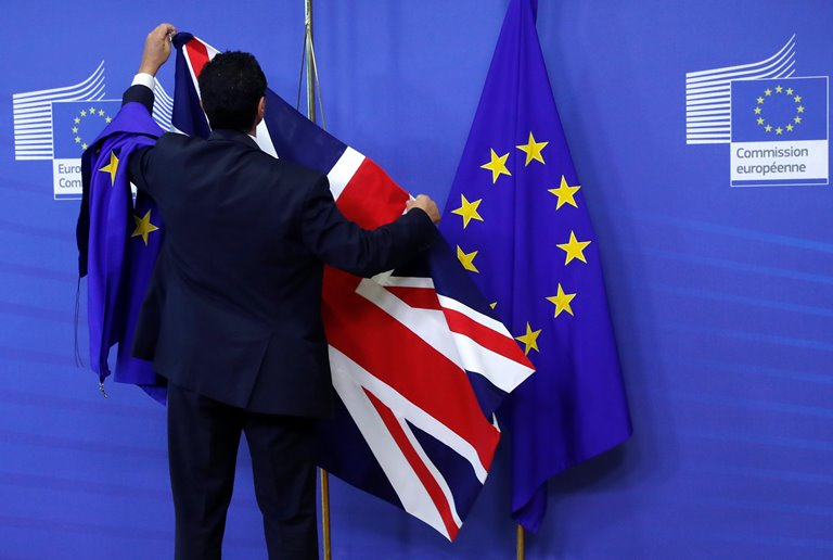 Великобритания может платить ЕС100млрдевро заBrexit