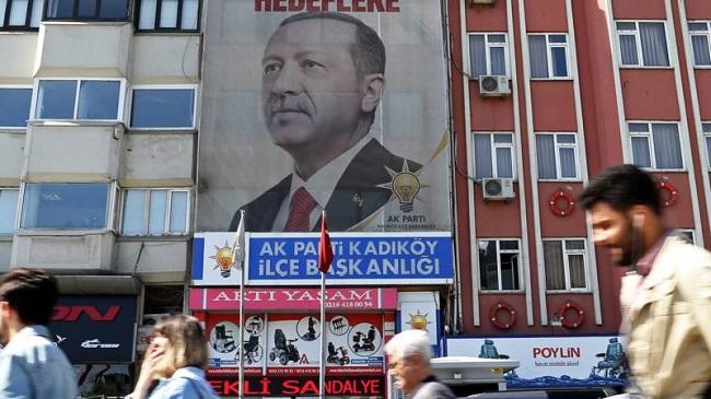 Нидерланды и Турция возобновляют дипотношения и возвращают послов