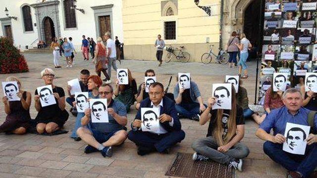 В Братиславе состоялась акция за освобождение Сенцова и других украинских политзаключенных в РФ