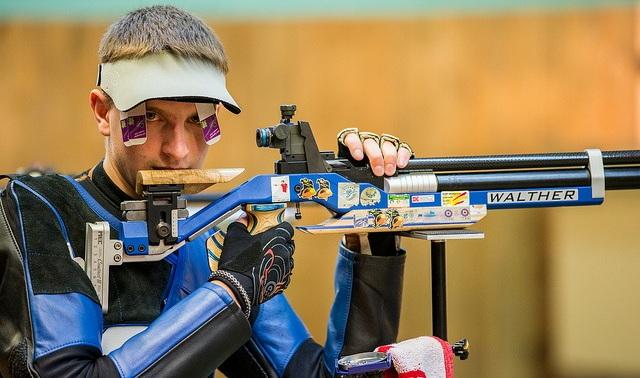 Украинец одержал победу «золото» наэтапе Кубка мира популевой стрельбе