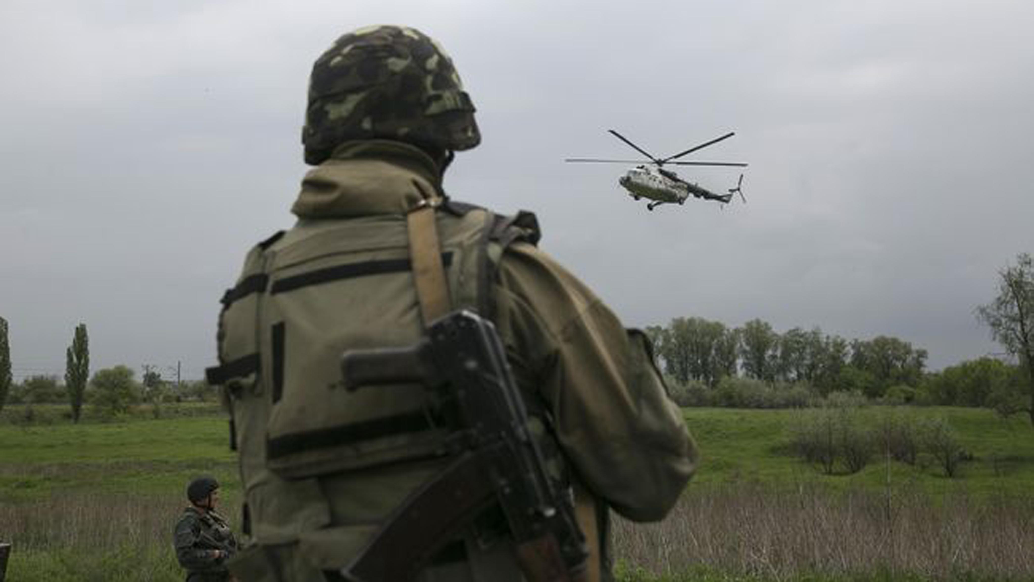 Бойовики відкривали вогонь згранатометів, одного українського військовика поранено— День вАТО