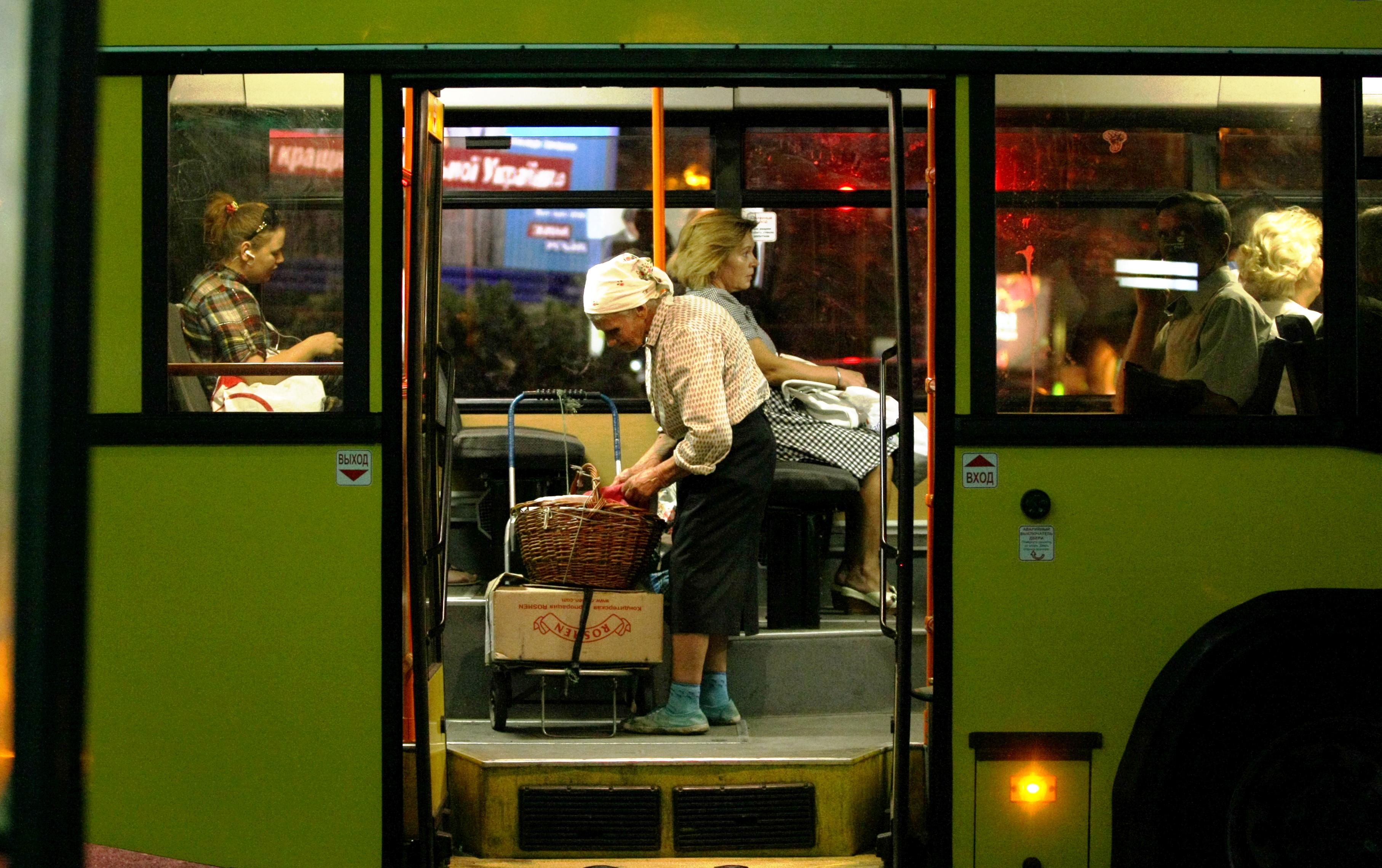 Петиція щодо нічних автобусів уКиєві зібрала достатньо голосів для розгляду владою