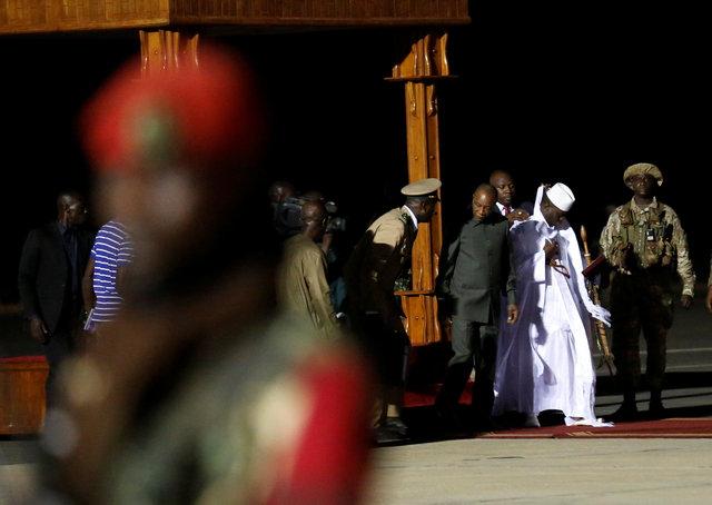 Западноафриканские военные приняли решение дать шанс экс-президенту Гамбии мирно передать власть
