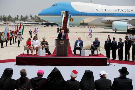 Президент США прибывает свизитом вИзраиль