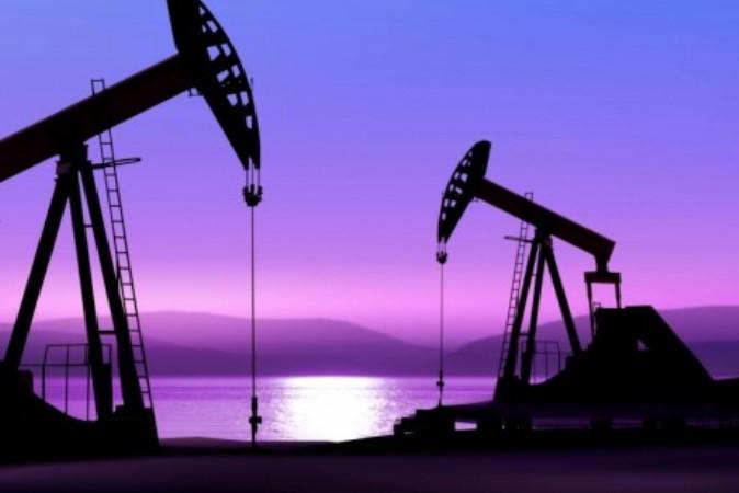 Цена нефти Brent опустилась ниже 45 долларов забаррель