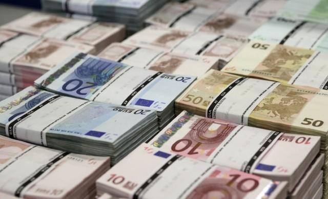 ВЕС внынешнем году изъято 331 тысячу фальшивых банкнот