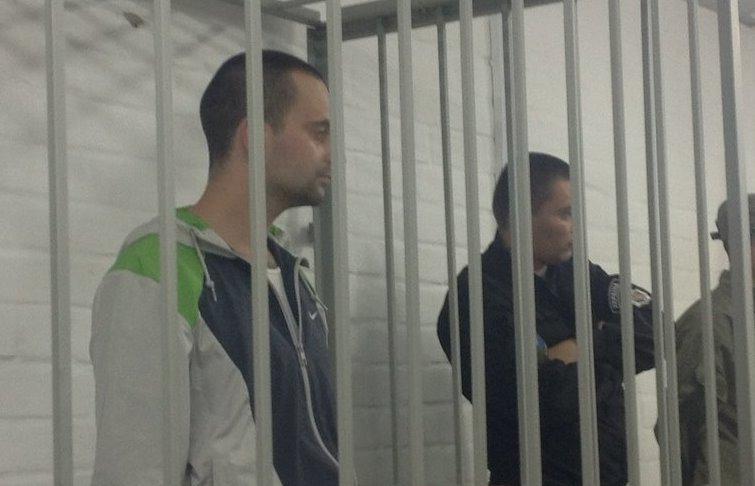 Двум полицейским, подозреваемым вубийстве, суд позволил выйти под залог