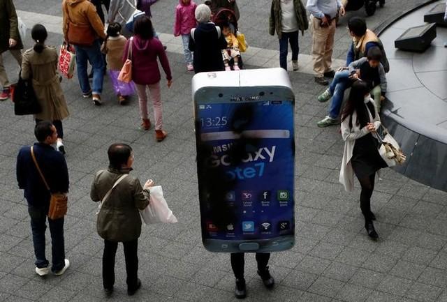 Самсунг назвала причины возгорания телефонов Galaxy Note 7