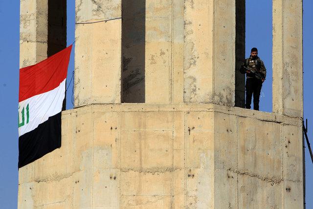 Премьер Ирака поручил расследовать военные нарушения вМосуле
