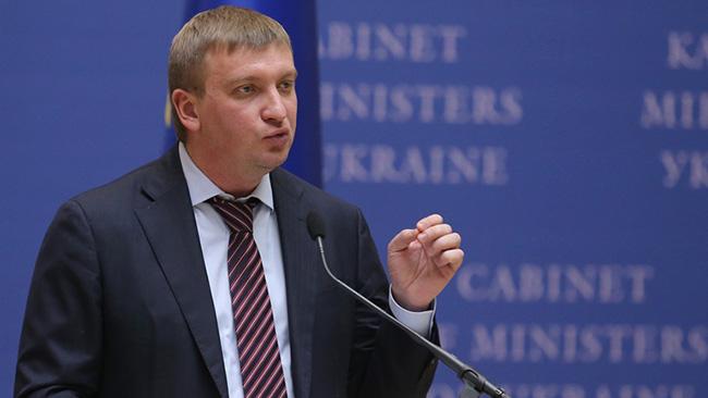 ИзУкраины невыпустили 25 тыс. неплательщиков алиментов