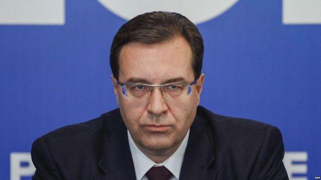 Додон раскритиковал решение МИД Молдовы выслать русских дипломатов