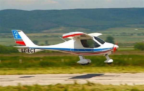 ВГреции два человека погибли после крушения частного самолета