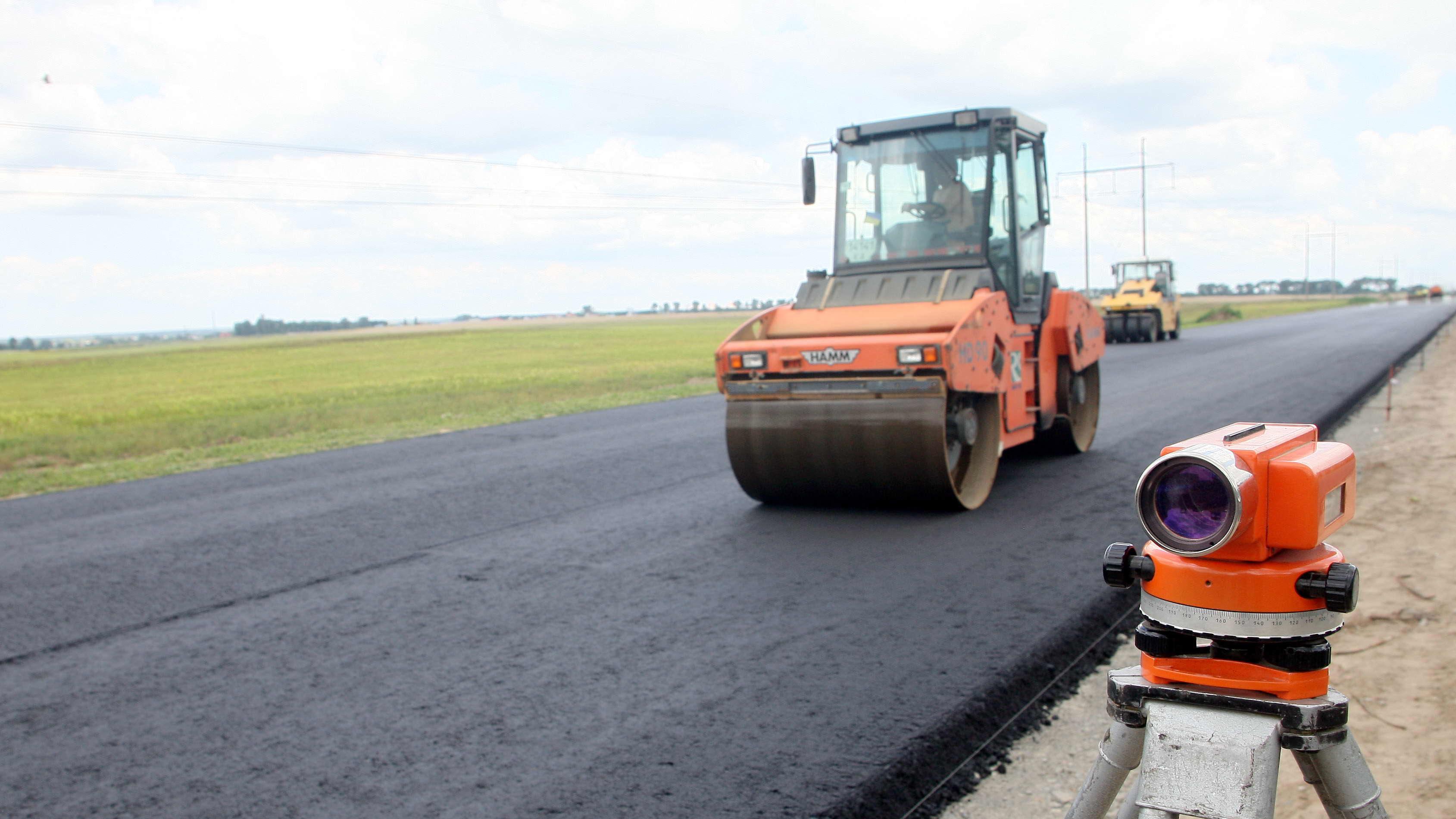 Белорусы выиграли рекордный тендер на ремонт трассы Киев-Одесса