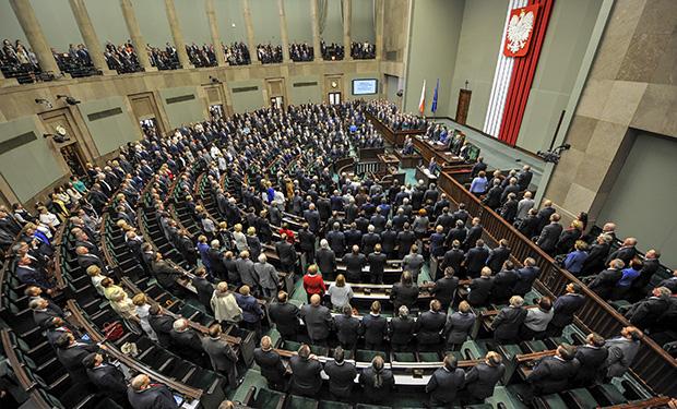 МИД Польши: посолРФ навязывает Варшаве выводы окрушении Ту-154М