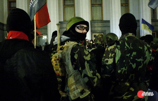 ГПУ проверяет «Правый сектор» напричастность кубийствам наМайдане