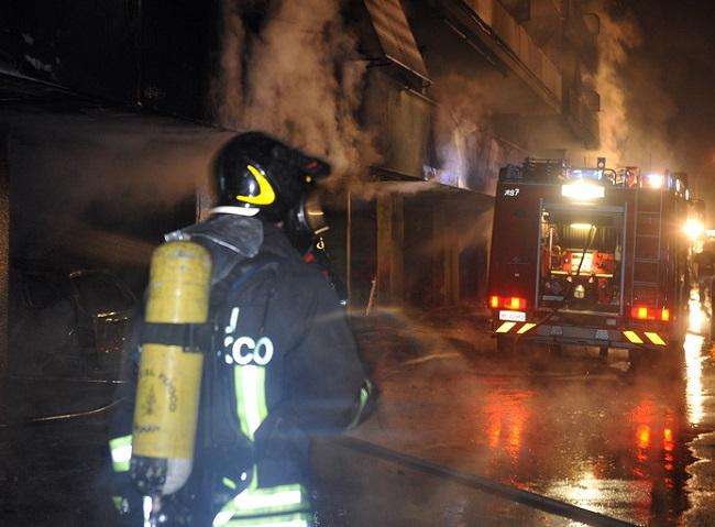 У нічному клубі в Італії під час пожежі постраждало 70 людей