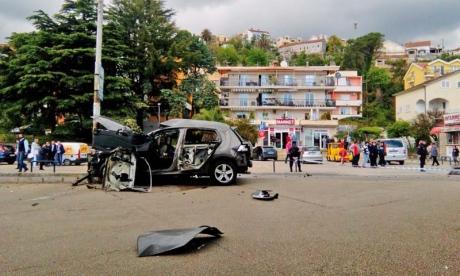 На курорте в Черногории взорвалась бомба в машине
