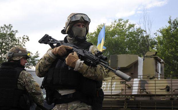 Бойовики продовжують обстріли наДонецькому напрямку— АТО