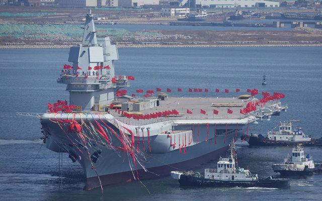 КНР спустил наводу 1-ый авианосец собственной постройки