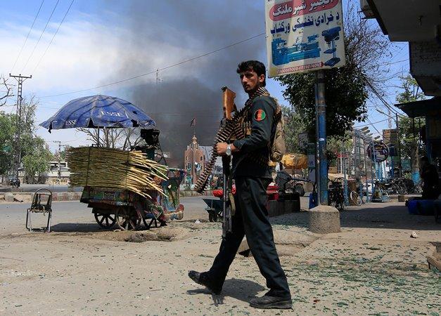 В итоге нападения талибов навоенную базу вАфганистане погибли 15 силовиков