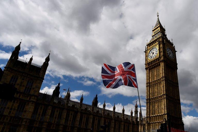 Лондонский суд позволил Украине пока неотдавать РФ «долг Януковича»