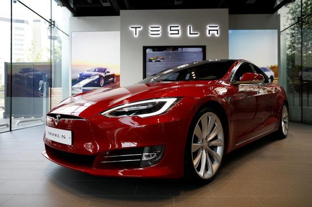 УВеликій Британії планують заборонити нові бензинові тадизельні автомобілі