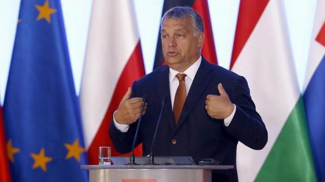 Меркель прибыла вВаршаву договариваться сВышеградской группой обудущемЕС