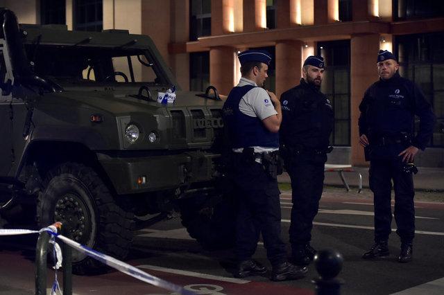 Чоловік змачете напав на військових уБрюсселі: з'явились фото