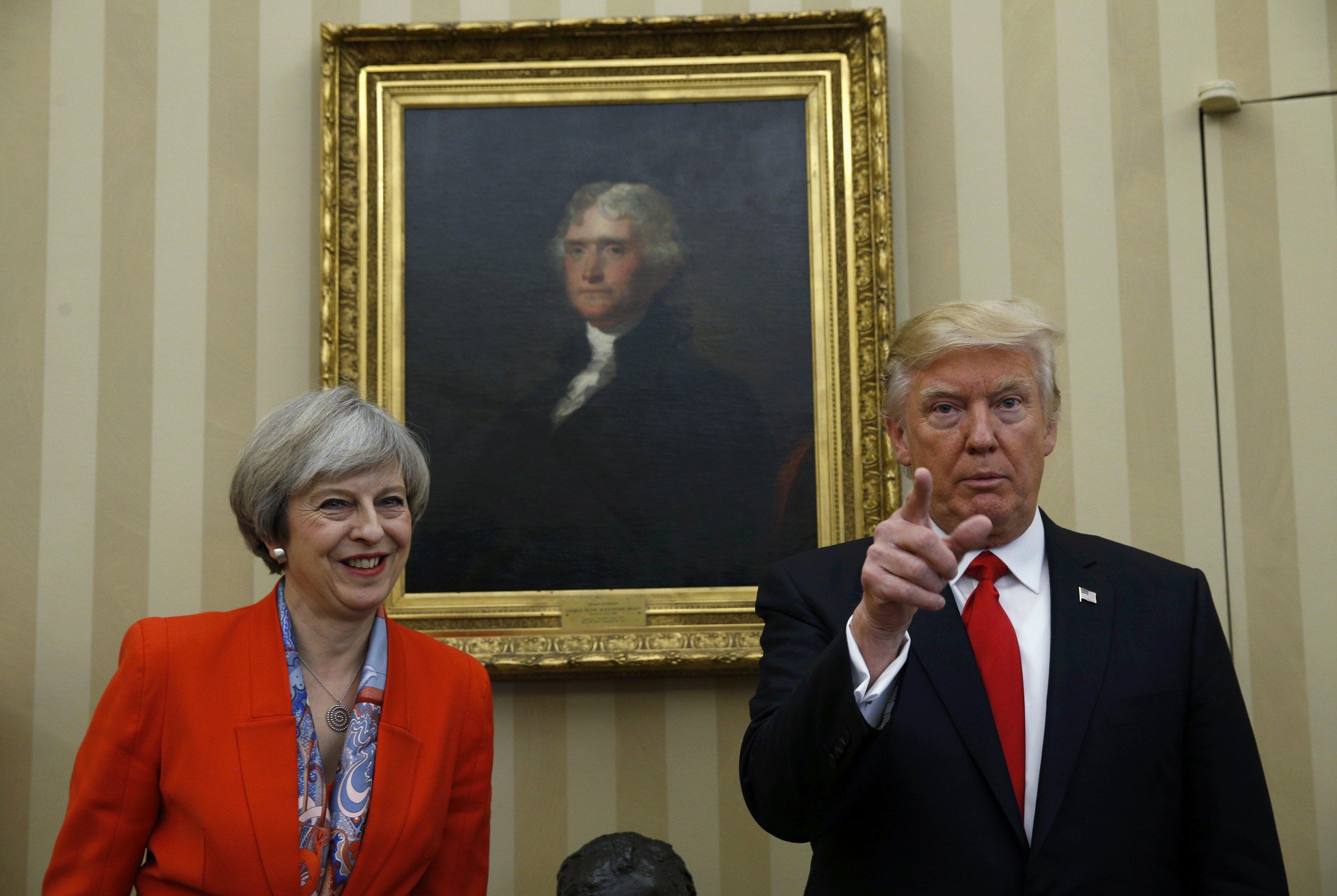 США и Англии нужно договориться осовместном лидерстве— Тереза Мэй