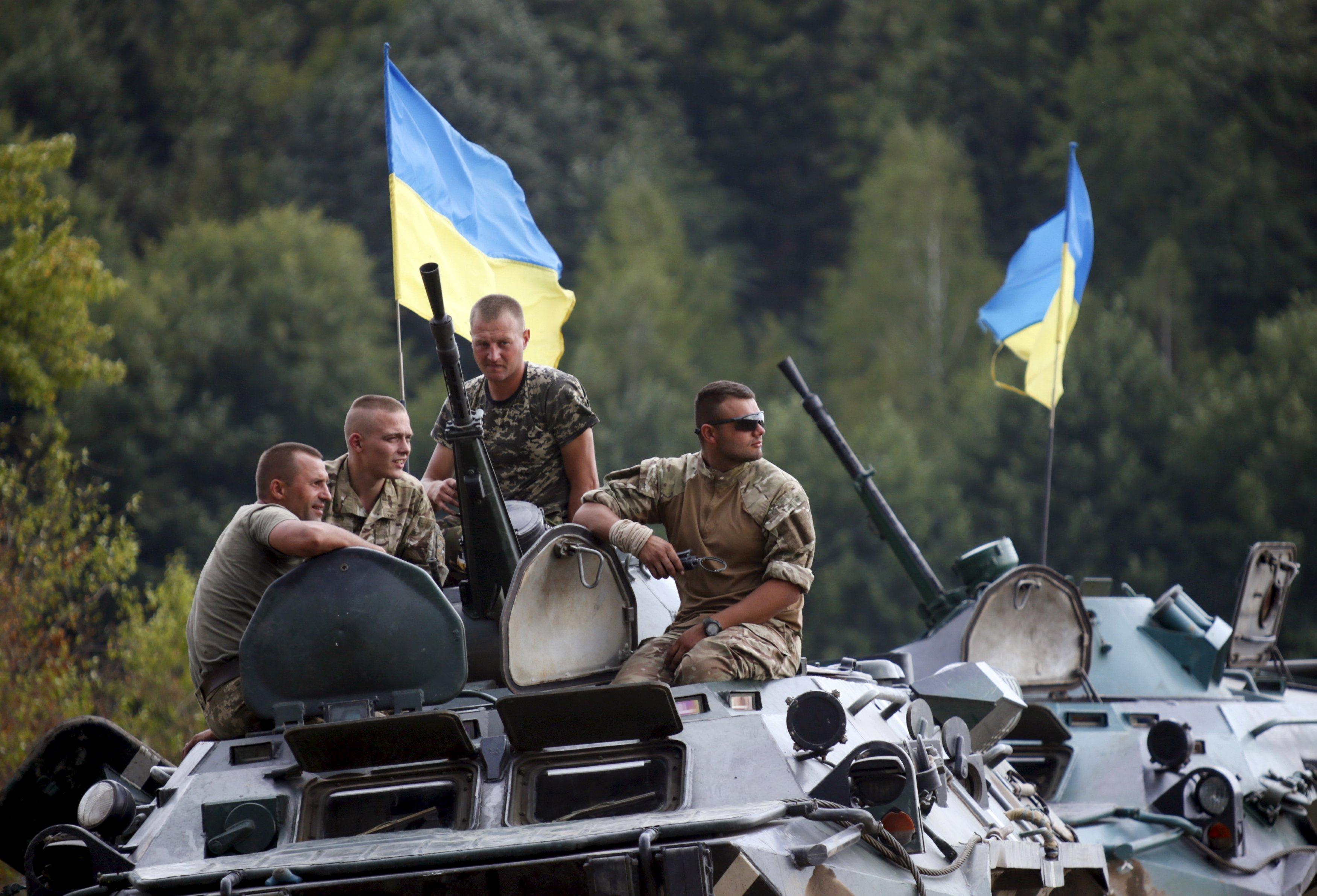 Русские бандформирования бьют повсему фронту— Штаб АТО
