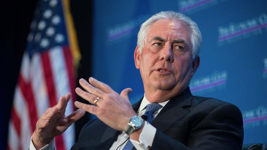 Тіллерсон закликав Росію повернути військових доСЦКК наДонбасі