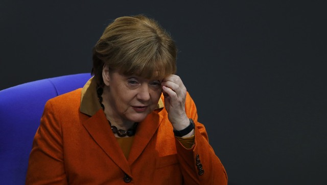 Меркель назвала ошибочным решение США ограничить заезд  мусульман
