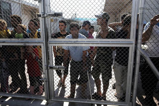 ВСицилийском проливе спасли тысячу мигрантов