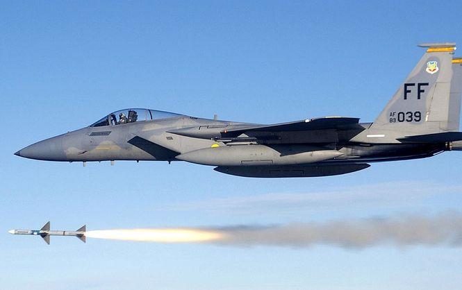США направили вЛитву семь истребителей