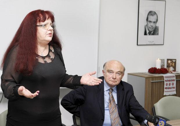 Дружину дослідника Голодомору Джеймса Мейса непустили наурочистості