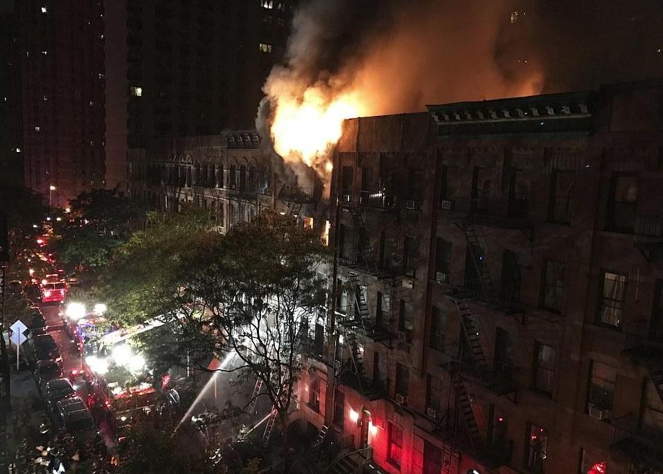УНью-Йорку загорівся житловий будинок, щонайменше 12 жертв