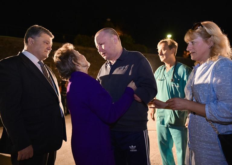 Спасённому изплена боевиков Жемчугову восстановили зрение одного глаза