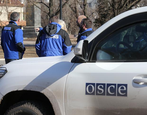 Ситуація вКомінтерновому є порушенням мінських угод,— ОБСЄ