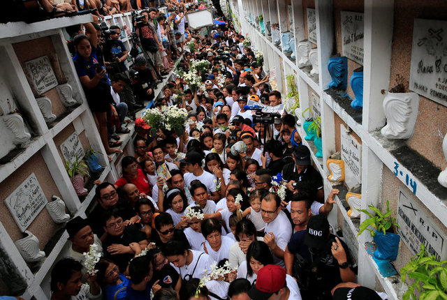 Лидер Филиппин отдал приказ полицейским убивать подозреваемых, сопротивляющихся при аресте