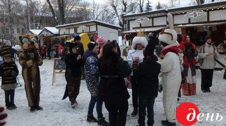 15 января к солдатам срочной службы пожаловали необычные для казармы гости - щедровальщики во