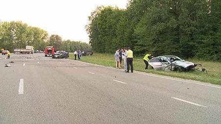 ДТП под Винницей. Mercedes навстречке протаранил Lanos, погибли 4 человека